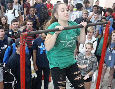 Military Muscle: Students Test Skills on Pull Up Bar